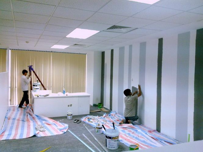 Thợ sơn nhà tại TPCHM