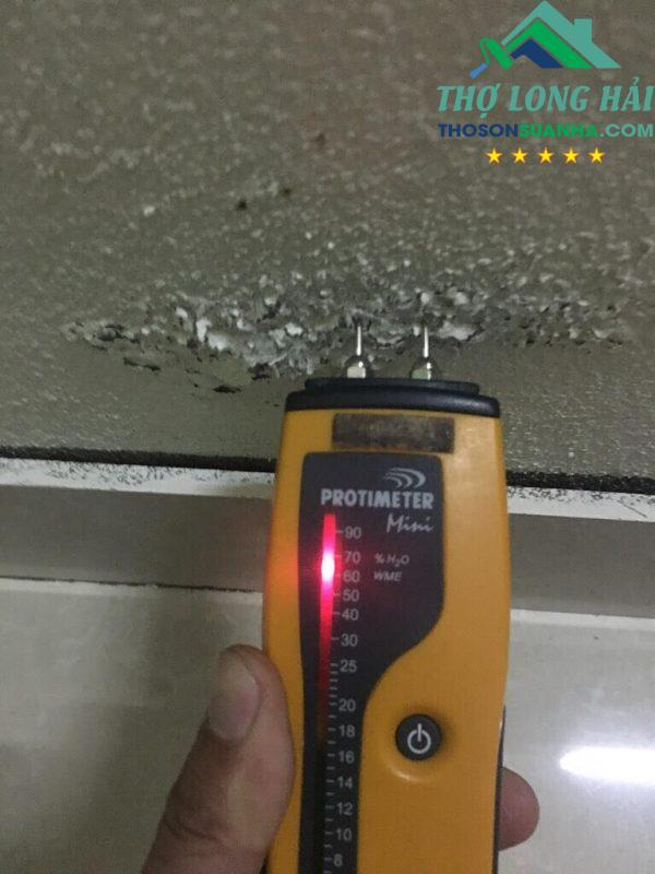 Độ ẩm là thủ phạm của sự bong tróc, phồng rộp của đại đa số công trình.