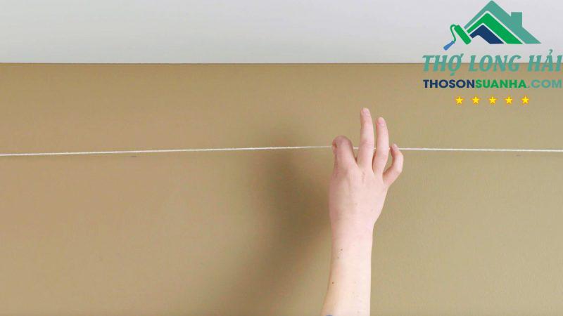 Đánh dấu đường phân cách quyết định tác phẩm trang trí tường này của bạn có thành công hay không.