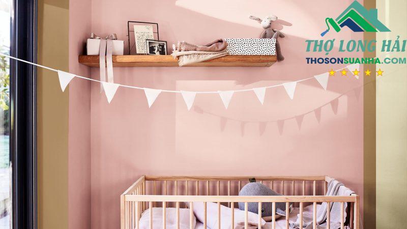 Một sự đáng yêu, yên bình và tràn đầy sự yêu thương được thổi vào chiếc phòng ngủ của bé