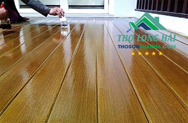 sơn sàn gỗ công nghiệp