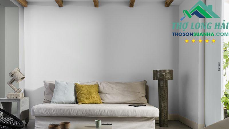 Bạn dễ dàng tạo một căn phòng vừa tinh tế, nhẹ nhàng và trầm ấm tươi mới.